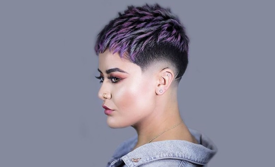 Choose Hairstylist For The First Undercut